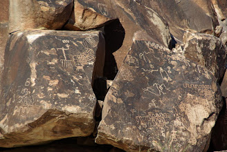 Photo: Petroglyphs, Newberry Mountains, Nevada USA