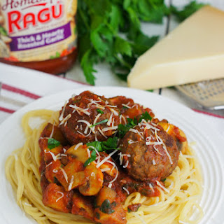 Mushrooms and Zucchini Bolognese with Italian Style Meatballs