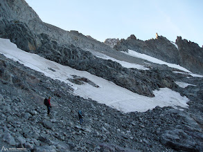 Photo: El Pico de la Temple (3.389m) cada vez está más cerca, no lo subiremos, su collado si