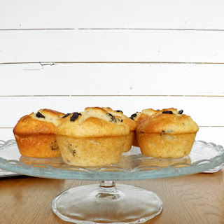 Almond and Sour Cherry Muffins Recipe