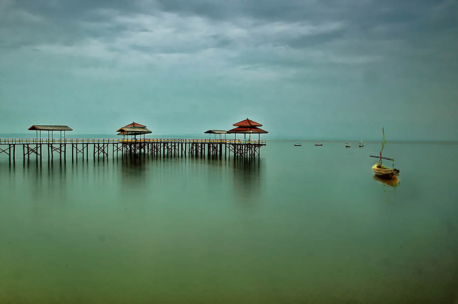 Kenjie Beach by Daniel Chang - Landscapes Waterscapes