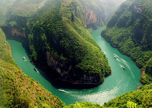 Explore the scenic gorges of China\xe2\x80\x99s Yangzi River aboard Sanctuary Yangzi Explorer.