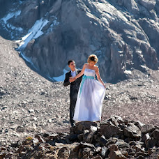 Wedding photographer Vladimir Amangaliev (Pavv). Photo of 16.09.2014