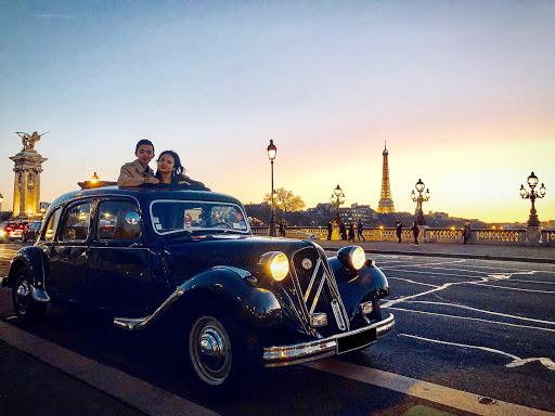 Visite de Paris la nuit en voiture de collection