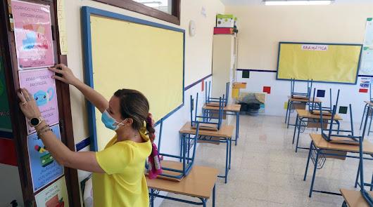 Almería lidera las aulas afectadas por coronavirus en Andalucía