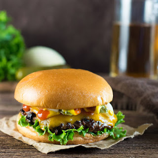 How to Make Burger Patties Like a Restaurant.