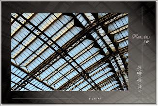 Foto: 2007 07 11 - R 06 09 10 064 d0 - P 015 - Dach in der Kurve