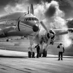Super Constellation by Dietmar Pohlmann - Transportation Airplanes
