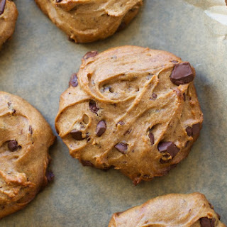 Easy Peanut Butter Chocolate Chip Cookies.