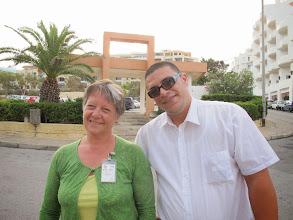 Photo: 13.10.09St Paul'sBay,Qawra : Carmen, notre guide & Riss, notre chauffeur