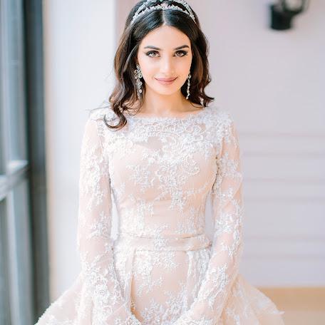 Wedding photographer Medina Garunova (nikki). Photo of 27.06.2017