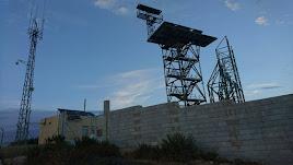 Antenas instaladas en el asentamiento militar de Cerro Mezquita, el punto más alto de Sierra Cabrera.