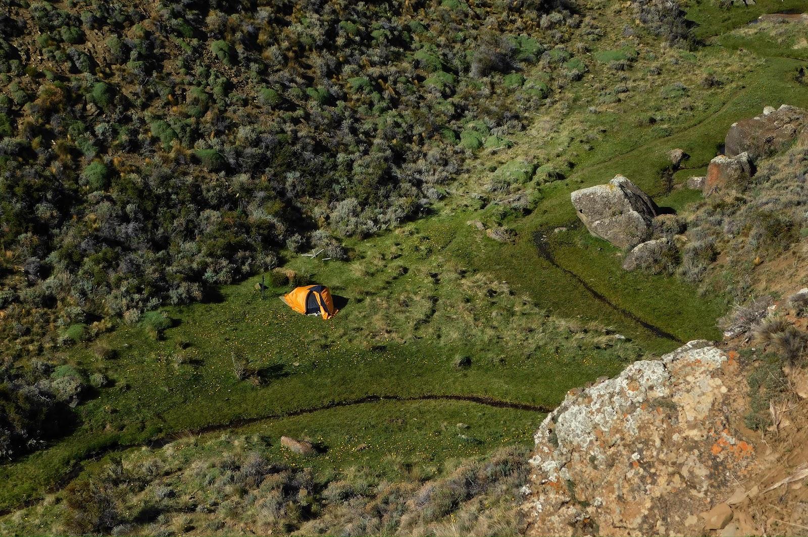 Camping agreste sur de El Calafate, Patagonia Argentina