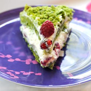 "Spinach Cake ""Pistachio""."