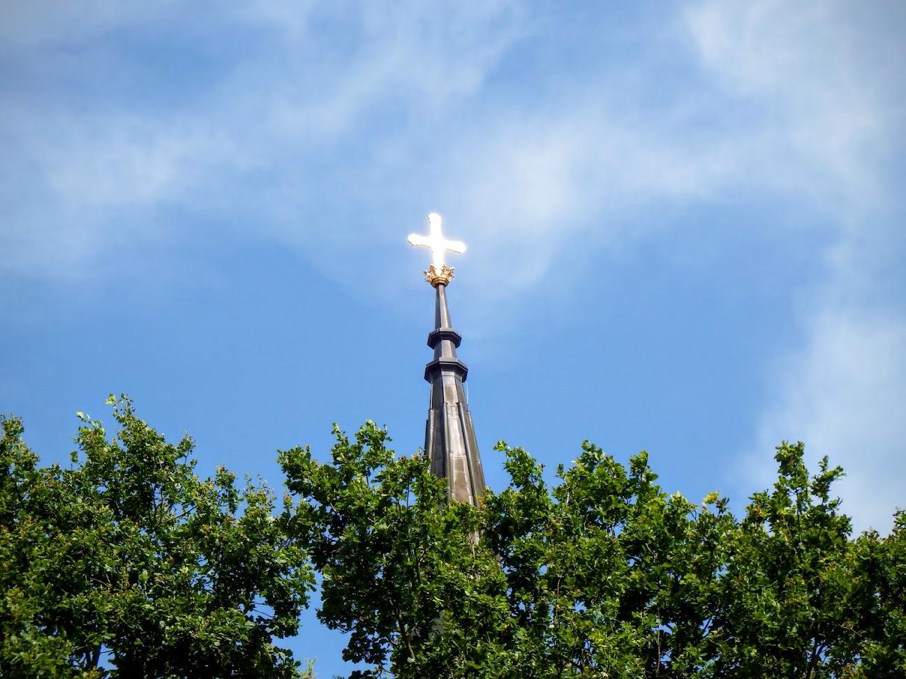 Rönök - Szent Imre rk. templom a határnál