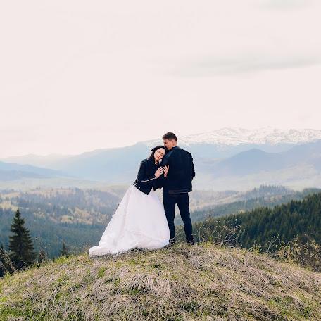 Wedding photographer Yuliya Balanenko (DepecheMind). Photo of 18.01.2018