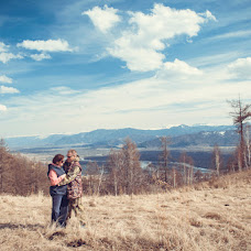 Wedding photographer Elena Bric (ElBrits). Photo of 26.04.2014