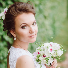 Wedding photographer Yana Slavinskaya (sentyabryaka). Photo of 04.10.2016