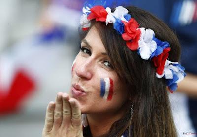 Le charme des supportrices françaises et allemandes (photos)