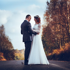 Wedding photographer Adam Abramowicz (fotostrobi). Photo of 09.12.2017