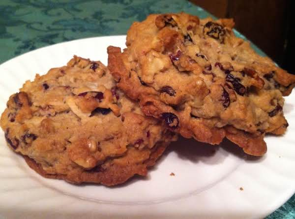 Mrs. Claus' Fruit & Nut Cookies Recipe