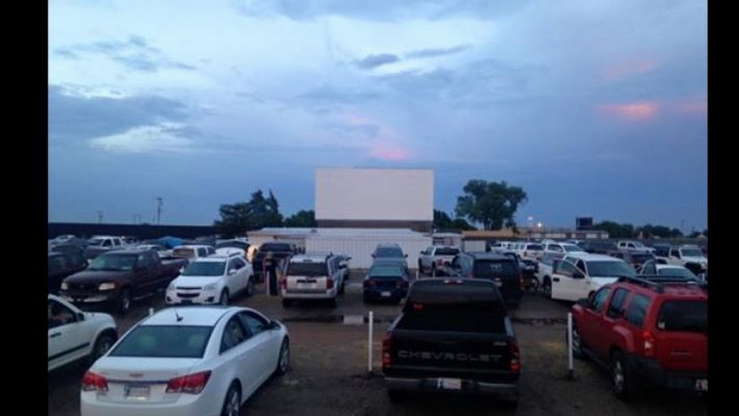 Chief Drive In Theatre Drive In Movie Theater In Ninnekah