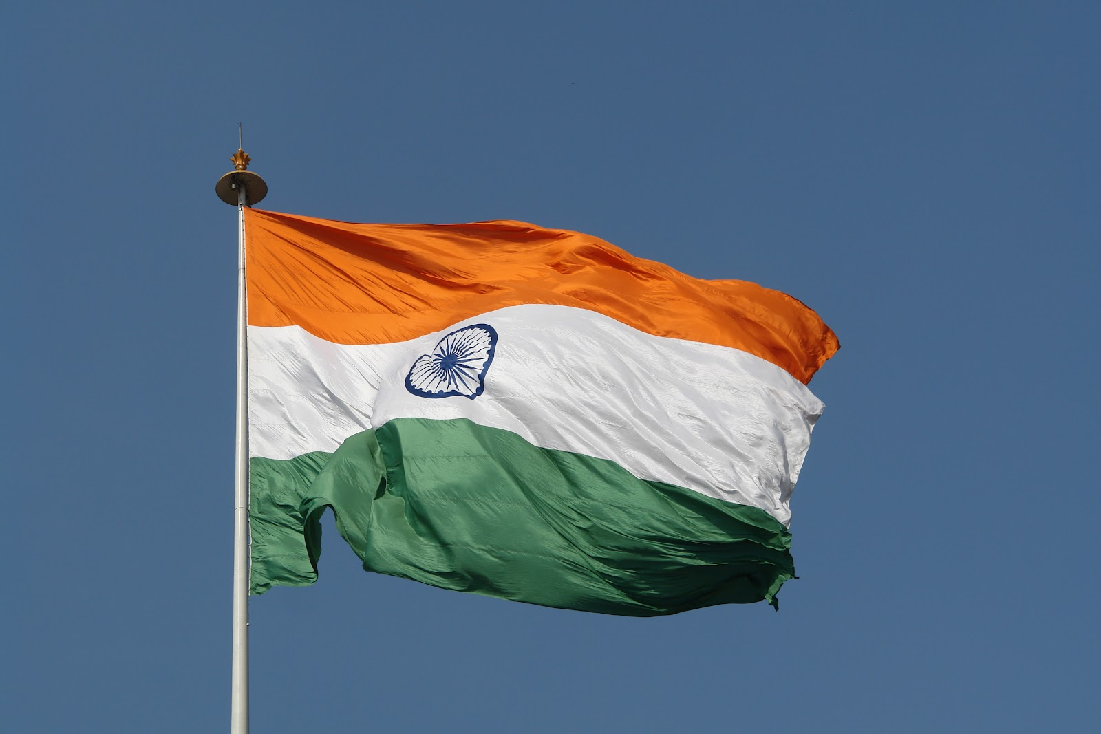 Flag_of_India%2C_New_Delhi.jpg