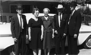 Photo: Barrett Franks Brothers and Sisters Walter, unk, Opal, Homer, Nathan