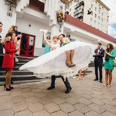 Wedding photographer Dmitriy Burgela (djohn3v). Photo of 05.10.2017