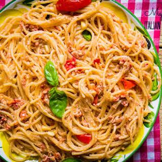 Sun-Dried Tomato Pesto for a quick and tasty pasta!.