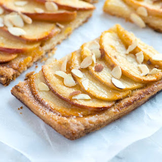 How to Make a Beautiful Tart with Apples.