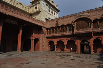 Photo: Palais de Bikaner - Place centrale