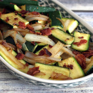 Skillet Yellow Squash or Zucchini With Onions and Bacon.
