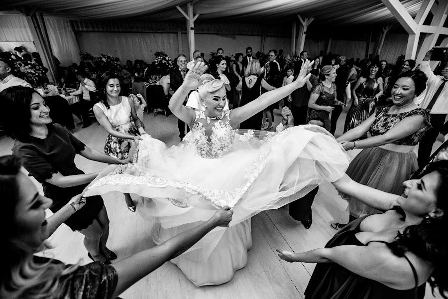 Wedding photographer Sabina Mladin (sabina). Photo of 06.02.2019
