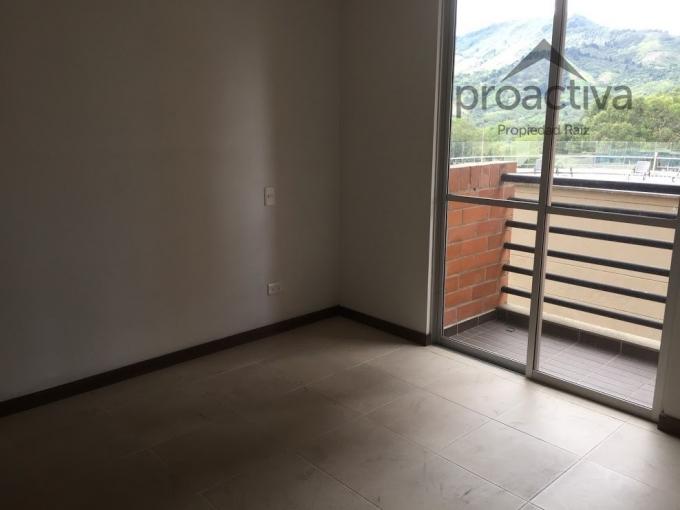 apartamento en arriendo la estrella 497-6662