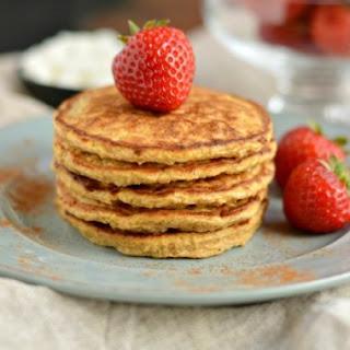 Pumpkin Protein Pancakes {GF, Low Cal}