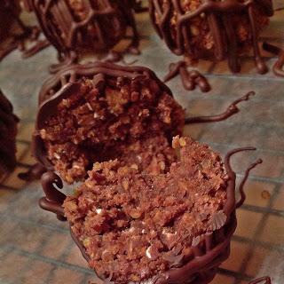 Peanut Butter & Nutella Quinoa Bites.