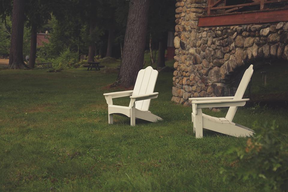 lawn-chairs-691561_960_720.jpg