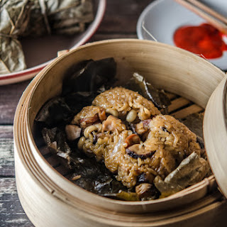 Steamed Glutinous Rice with Lotus Leaf (adapted from Choong Su Yin's Scrumptious Rice & Porridge).