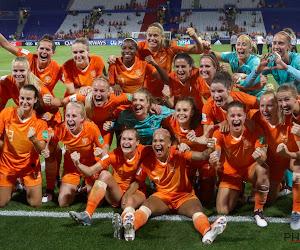 "🎥 Oranjegekte nu helemaal op peil, inclusief topfilmpje van Leeuwinnen: ""Tot vanavond"""