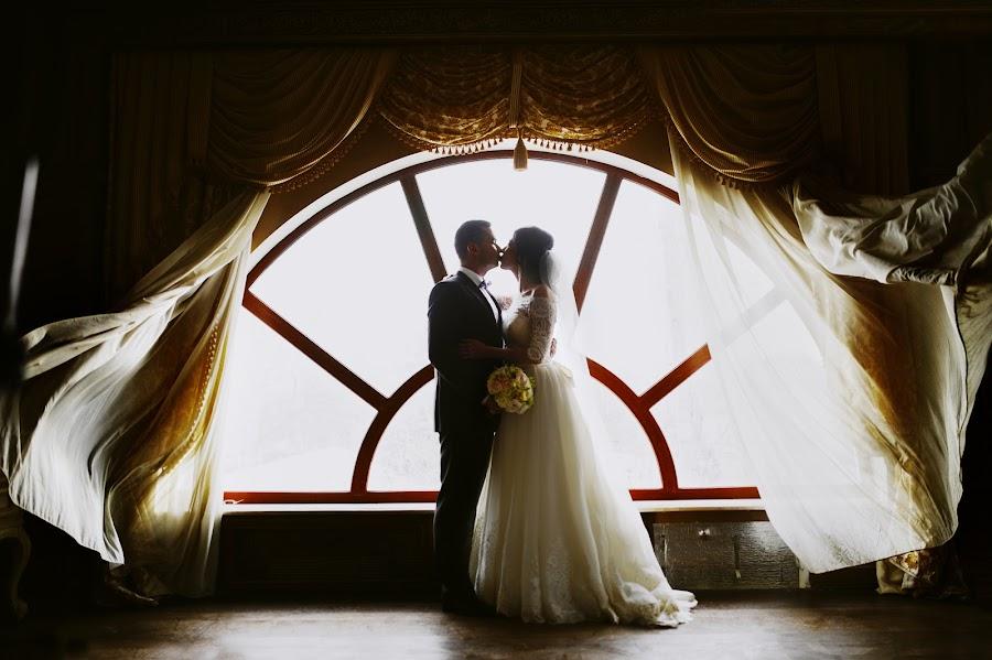Wedding photographer Igor Shevchenko (Wedlifer). Photo of 11.04.2016