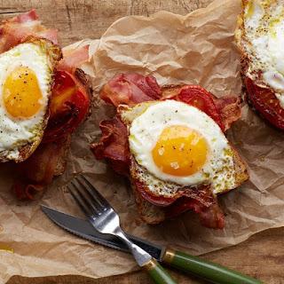 Bacon, Egg, and Tomato Toast