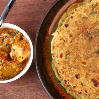 Mooli Paratha (Thepla) (Indian Flat Bread with Radish)
