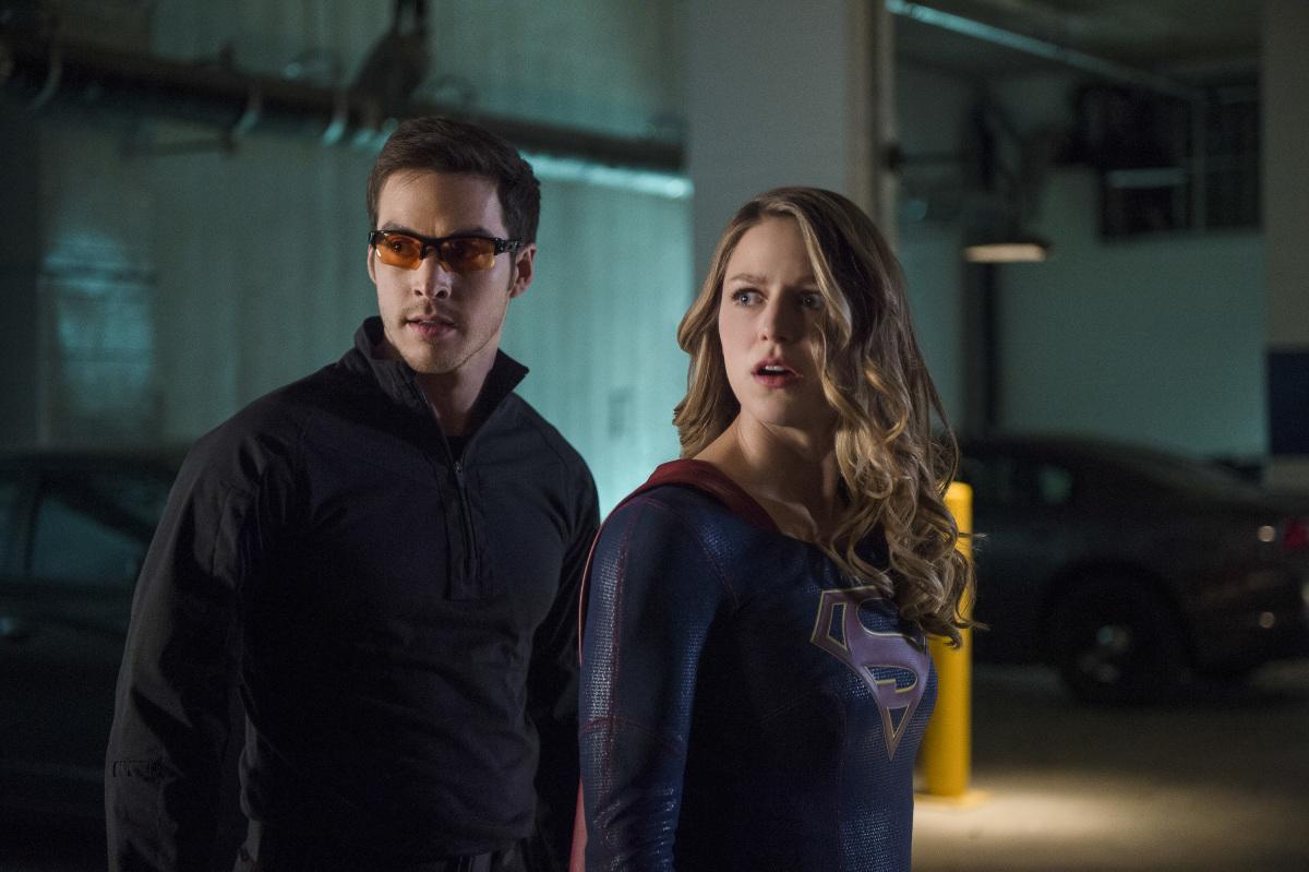 supergirl-season-2-photos-4.jpg