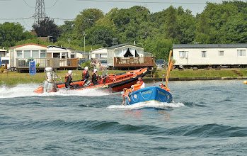 Photo: Humber Rescue Make Some Waves