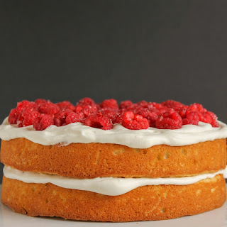 Raspberry Vanilla Cream Cake
