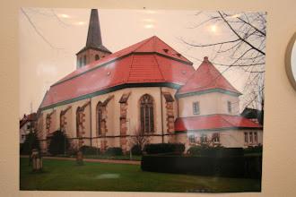 Photo: Ein Foto der verputzen Kirche in Glandorf sollte einen Eindruck von einer ähnlich verputzten Kirche geben.