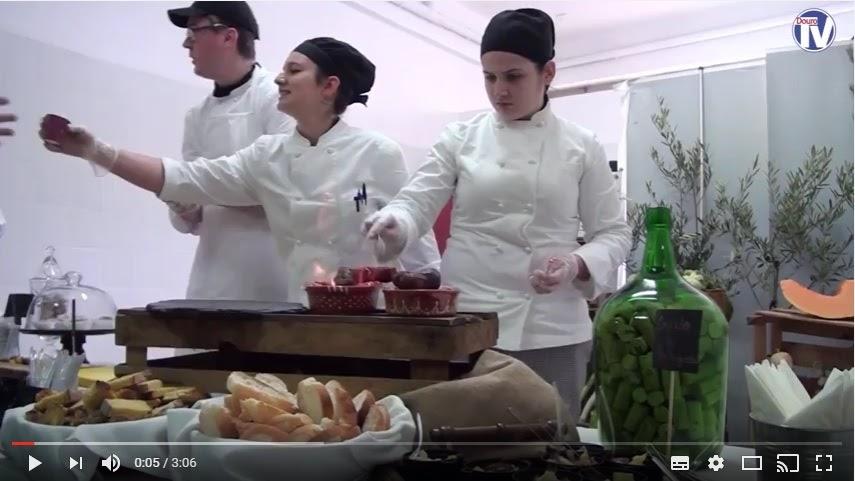 Vídeo - Escola Hotelaria desceu ao Mercado de Lamego
