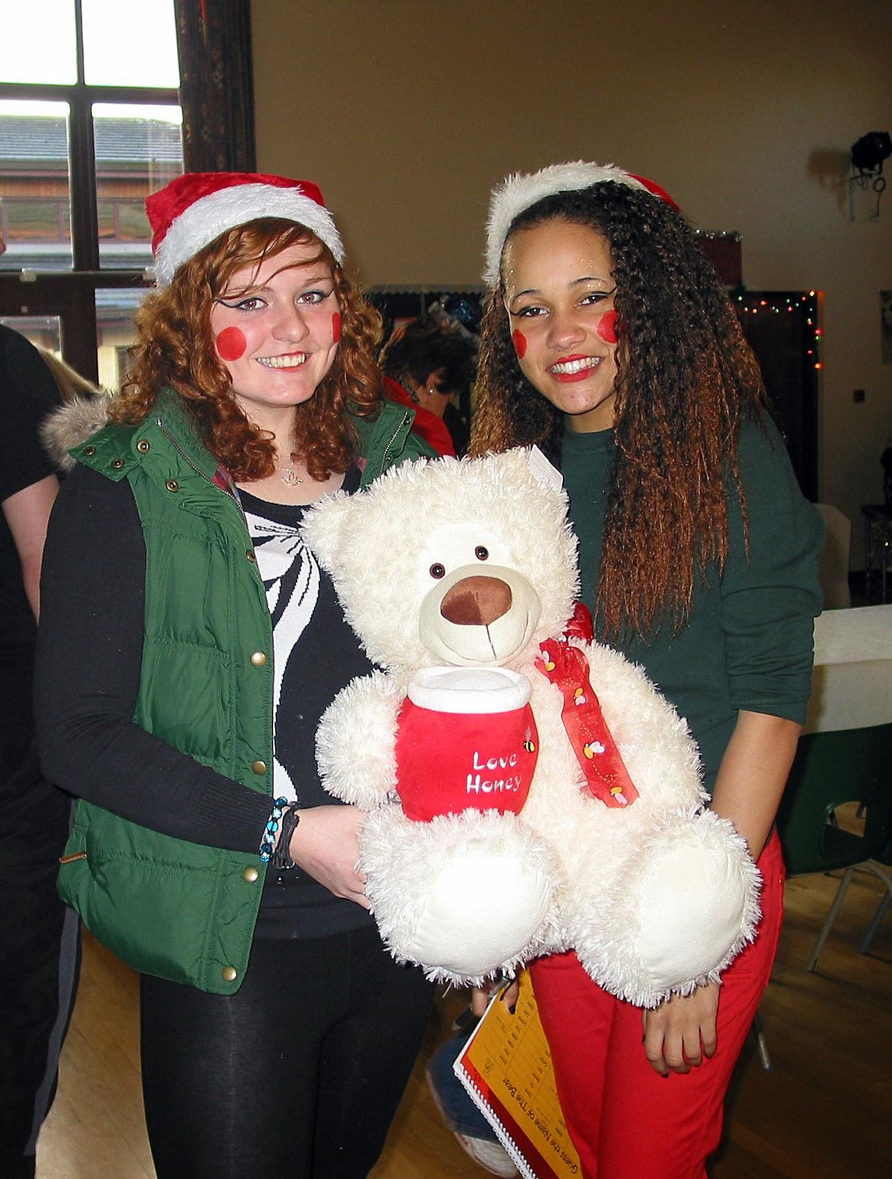 Photo: Megan & Whitney sorted Name the Teddy