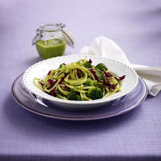 Spaghetti with Parsley Pesto and Broccoli